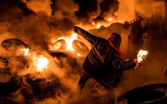 UKRAINE-MOLOTOV_2802195k